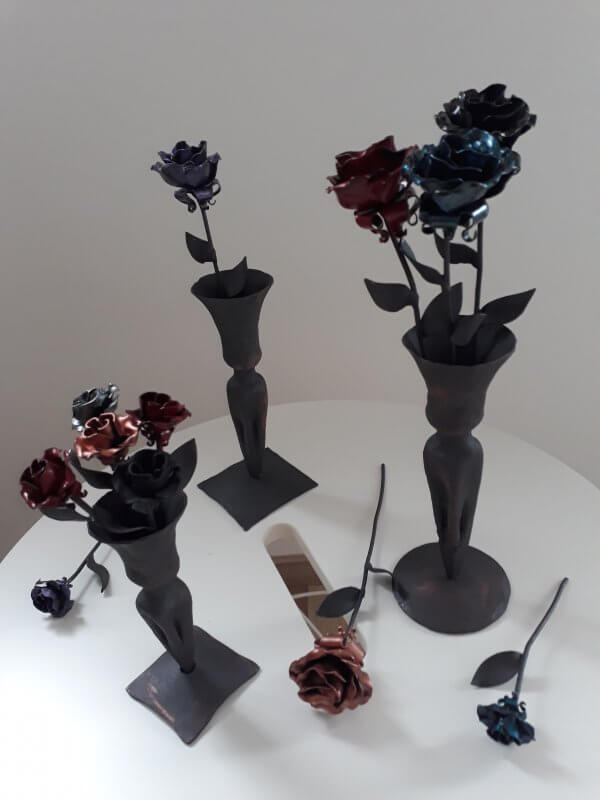 Roses scaled