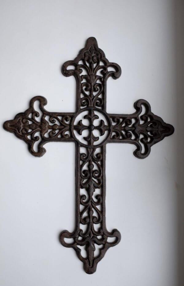 Kříž litina antik 1